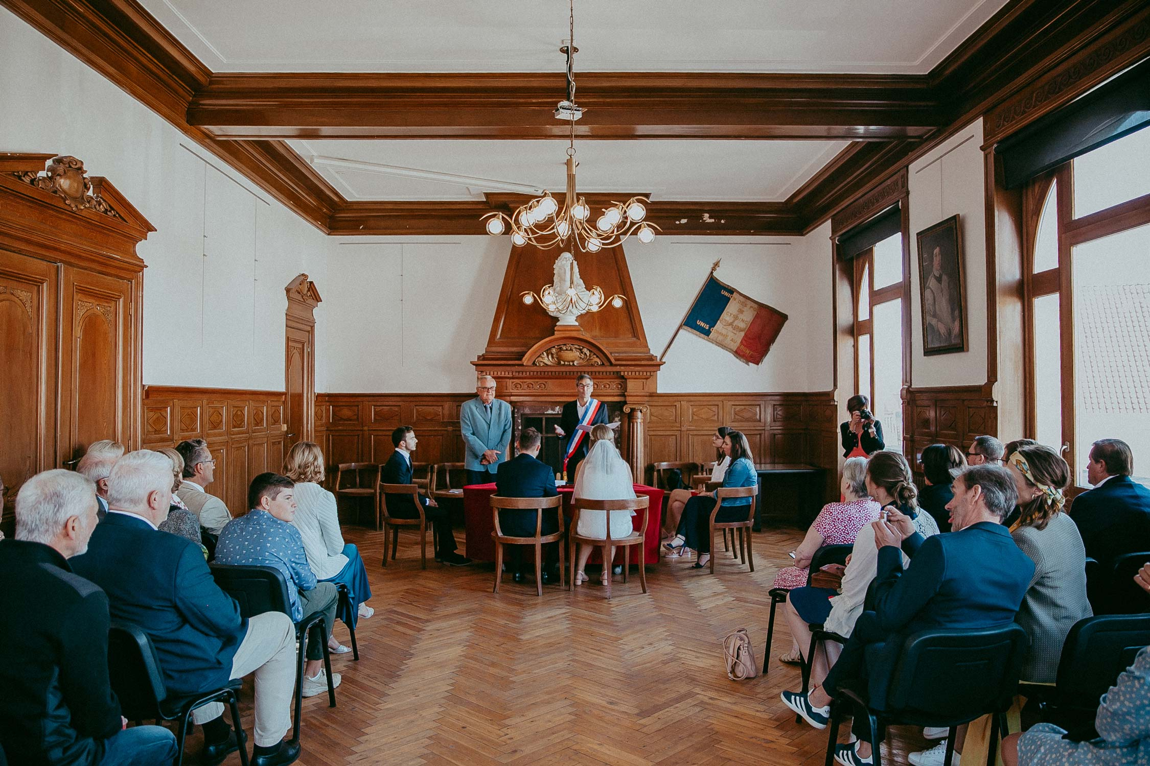photographe-mariage-ceremonie-civile-mairie-cysoing