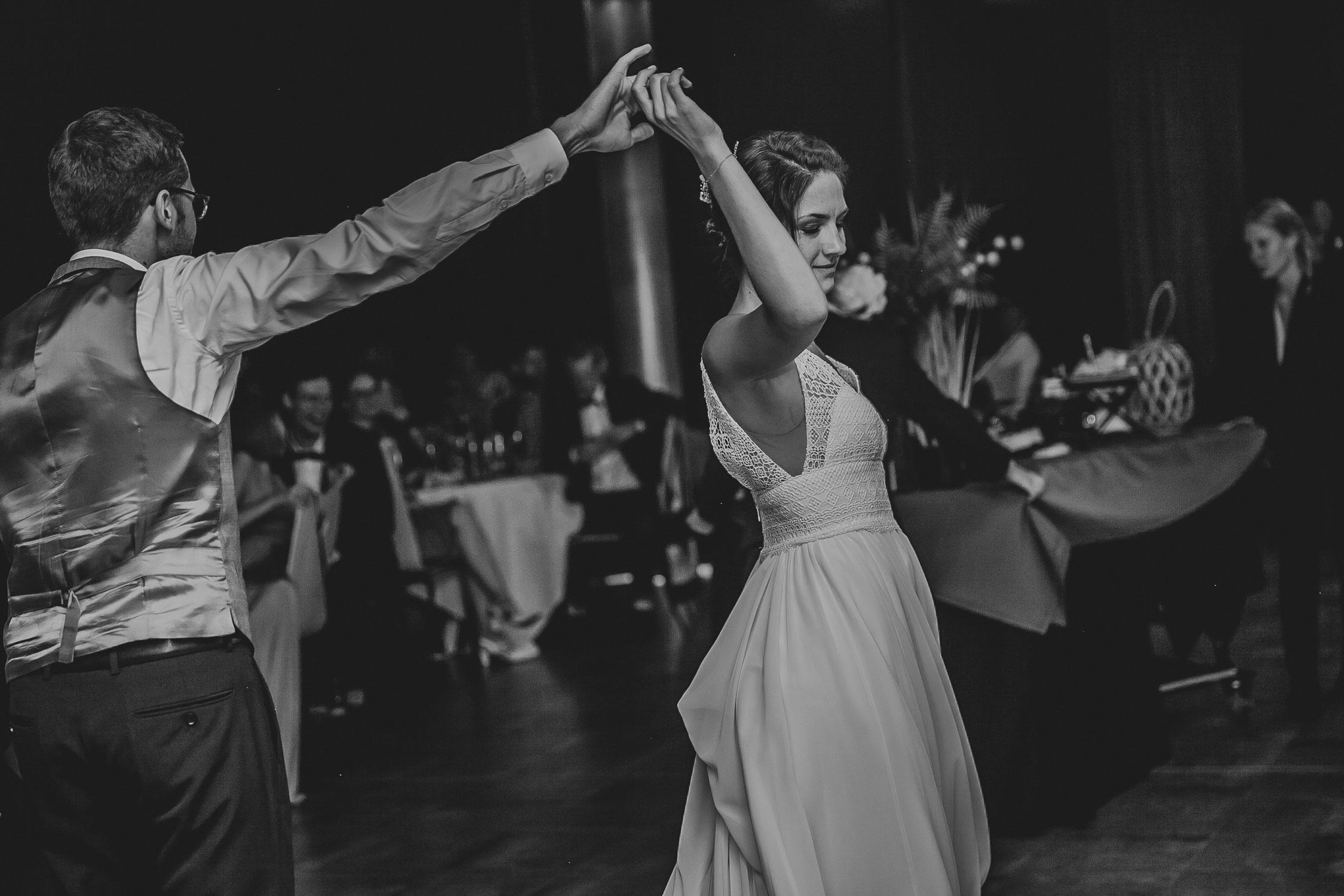 photographe-mariage-dancefloor-mariage-soiree